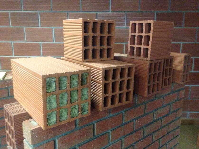 innovative building materials  WB_Hollow Brick