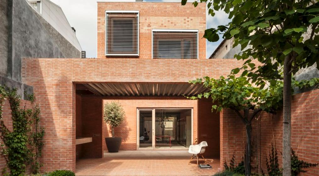 House 1014, Granollers, Barcelona, Spain by HARQUITECTES